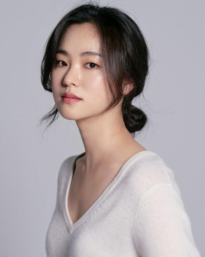 Song Joong Ki xác nhận 'đối đầu' với Taecyeon (2PM) trong phim mới của tvN