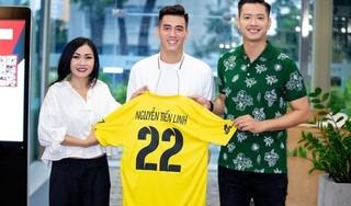 Tiền đạo Tiến Linh chính thức gia nhập đội bóng Nghệ Sĩ