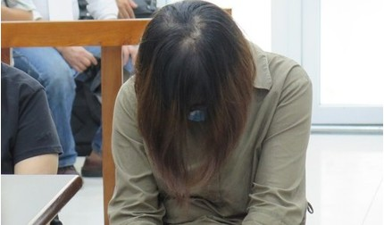 Xử phúc thẩm vụ học sinh trường Gateway tử vong: Nữ giáo viên òa khóc tại tòa