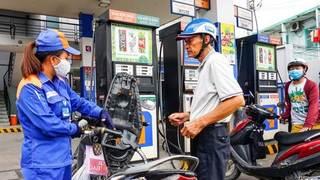Giá xăng dầu hôm nay 12/8: Dầu thế giới tiếp đà tăng