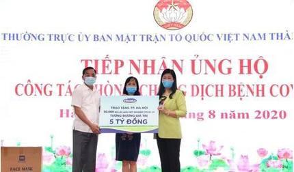 Vinamilk ủng hộ 8 tỷ đồng hỗ trợ cho TP.Hà Nội và 3 tỉnh miền Trung chiến đấu chống dịch Covid-19