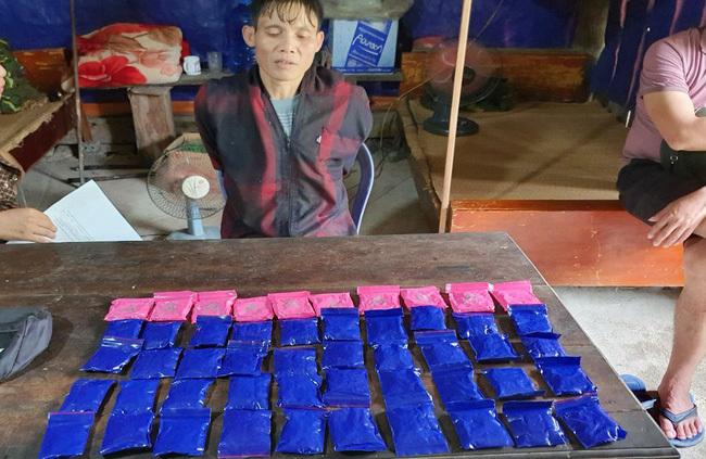 Thanh Hóa: Bị tóm gọn khi đang mua bán 10.000 viên ma túy tổng hợp