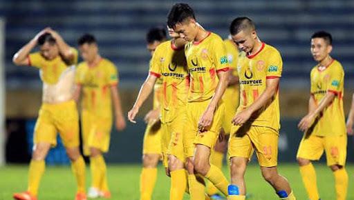 CLB Nam Định tiếp tục nhận án phạt từ BTC V.League