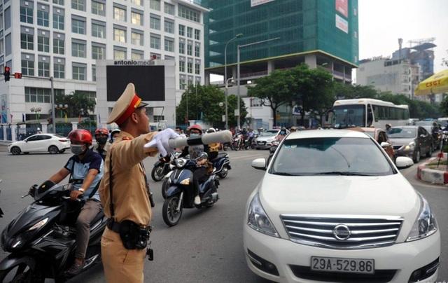 Phân luồng giao thông phục vụ lễ quốc tang cố Tổng bí thư Lê Khả Phiêu