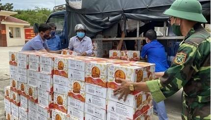72.000 sản phẩm Trà Thanh Nhiệt Dr Thanh tiếp sức cho đồng bào, chiến sĩ chống dịch Covid-19