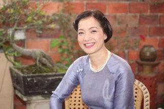 NSND Lê Khanh kể chuyện phát hiện người yêu 9 năm ngoại tình
