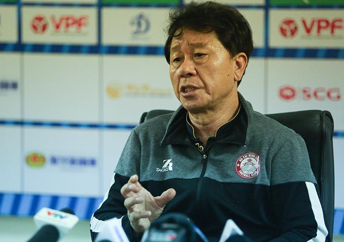 HLV Chung Hae Seong lần đầu lên tiếng