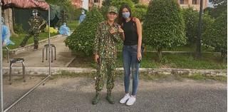 Minh Tú hoàn thành 14 ngày cách ly, không quên viết thư tay cảm ơn