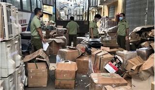 TP.HCM bắt giữ xe tải trở lượng lớn hàng nhập lậu