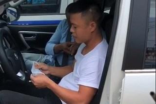 Danh tính tài xế vượt đèn đỏ trốn CSGT, người dân phải chặn bắt