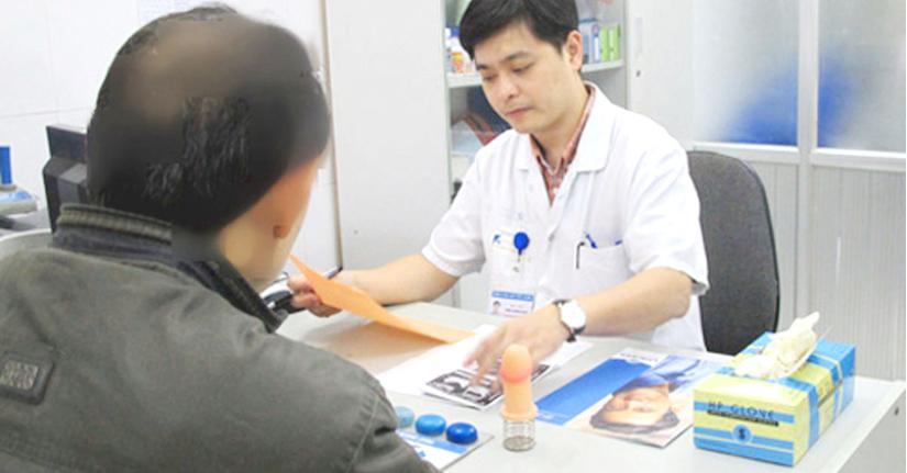 Người từ 60 tuổi trở lên, có bệnh nền ở TP.HCM được khám bệnh tại nhà