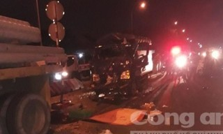 Lao ra đường mời tài xế vào quán cơm, thiếu niên bị xe tải tông tử vong