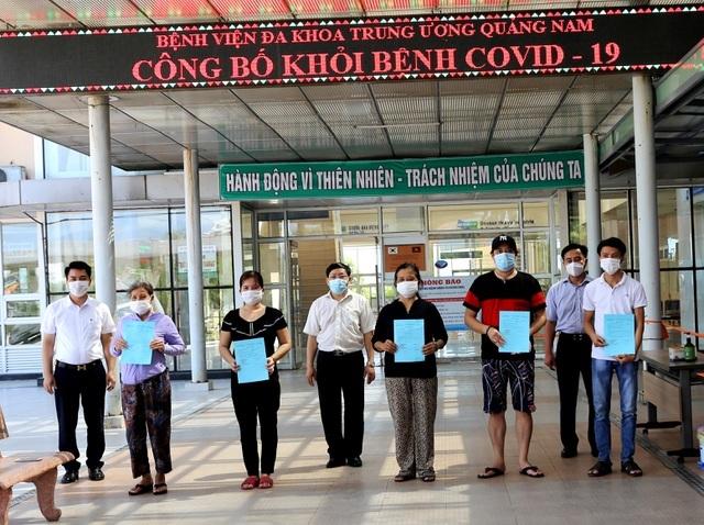 8 bệnh nhân Covid-19 nặng điều trị ở Huế được công bố khỏi bệnh