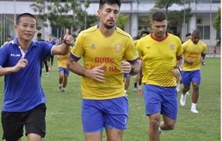 CLB Nam Định tích cực tập luyện chuẩn bị cho sự trở lại của V.League