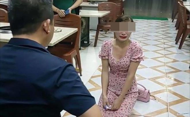 Bắc Ninh: Chủ quán nướng bắt khách quỳ xin lỗi vì dám than phiền trên Facebook