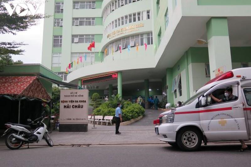 Đà Nẵng gỡ lệnh cách ly Bệnh viện Hải Châu, hơn 300 người được về nhà