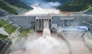 Trung Quốc xả lũ trên sông Hồng, Lào Cai hỏa tốc thông báo ứng phó