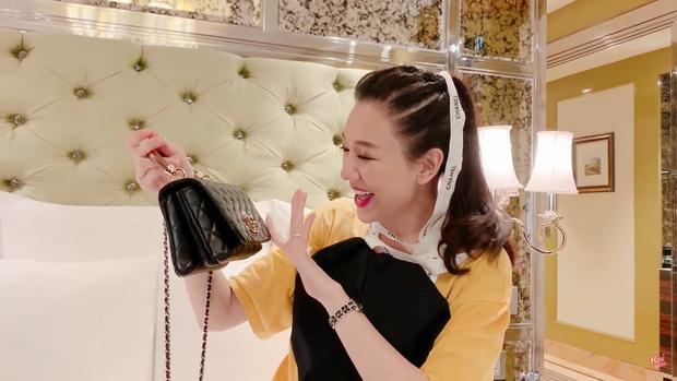Hari Won lần đầu tiết lộ món quà đầu tiên được Trấn Thành tặng lúc hẹn hò