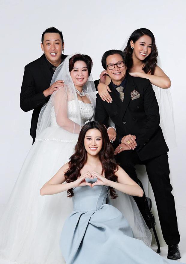 Hoa hậu Khánh Vân tiết lộ về gia đình sau nửa năm đăng quang