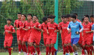 Trợ lý HLV Park Hang Seo nổi cáu với các cầu thủ U22 Việt Nam