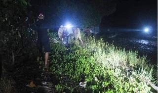 Chìm ghe câu cá ở cửa sông Ba Lai, 4 người mất tích