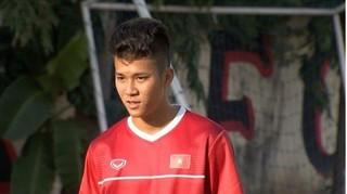 Tiền đạo HAGL ghi bàn trong trận đấu tập của U22 Việt Nam