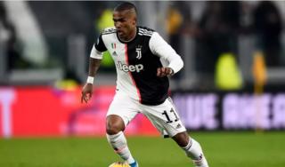 CLB MU sắp sở hữu ngôi sao của Juventus?
