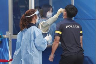 Tin tức thế giới 23/8: Hàn Quốc thực hiện giãn cách xã hội nghiêm ngặt hơn trên toàn quốc