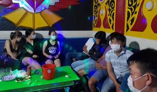 11 người tụ tập hát hát karaoke, sử dụng ma túy giữa mùa dịch Covid-19
