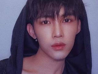 Người mẫu nổi tiếng Trung Quốc lên tiếng xin lỗi vì chê phở Việt có mùi hôi
