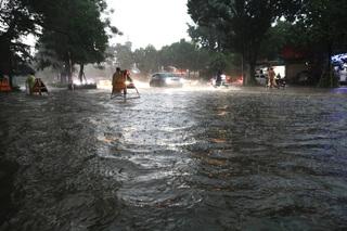 Tin tức trong ngày 24/8: Cảnh báo ngập lụt khu vực nội thành Hà Nội sau mưa lớn