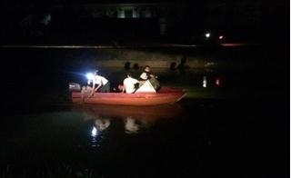Đi tìm 2 bé nghi bị bắt cóc thì đau đớn phát hiện thi thể dưới sông