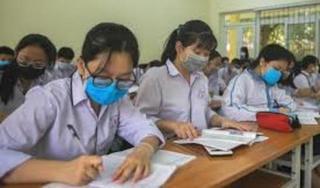 Học sinh, giáo viên Hà Nội đeo khẩu trang trong lớp để phòng chống dịch