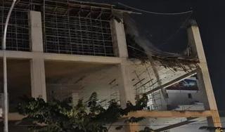 Sập giàn giáo công trình xây dựng ở Bắc Giang, chưa rõ thương vong