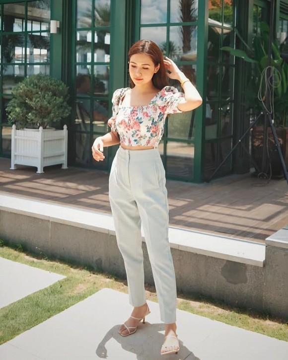Khoe ảnh thời thơ ấu, Phanh Lee được fan công nhận 'xinh từ trong trứng'