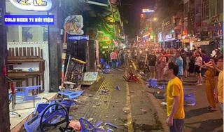 Kinh hoàng hình ảnh xe công an phường lao vào hàng quán ở phố Tây Bùi Viện