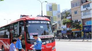 Hà Nội: CSGT bị tố 'bảo kê' điểm đón khách trái phép ở Thanh Xuân