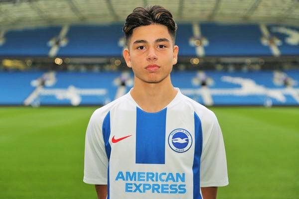 Cầu thủ Jaami Qureshi 17 tuổi của Malaysia gia nhập bóng đá Anh