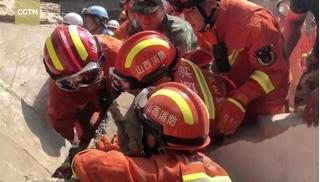 Sập nhà hàng tại Trung Quốc, 45 người thương vong