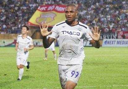 Tiền đạo Felipe Martins tiết lộ lý do thất bại khi thi đấu cho HAGL