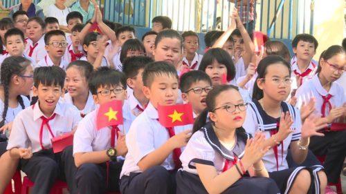 Lễ khai giảng năm học mới của học sinh tiểu học và mầm non Thanh Hóa được tổ chức ngay tại lớp học