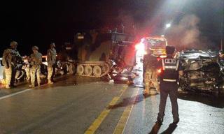 Bốn người Hàn Quốc tử vong vì tông ô tô vào xe bọc thép quân đội Mỹ