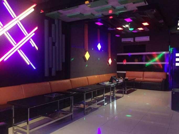 Dịch vụ như karaoke, massage tại Thừa Thiên - Huế được hoạt động trở lại