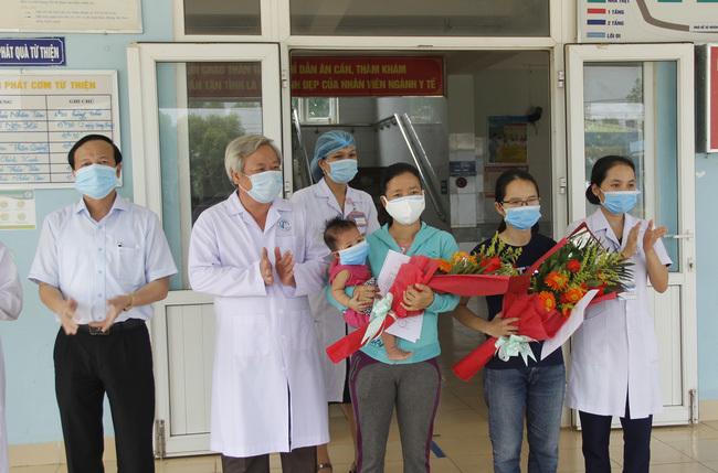 2 bệnh nhân Covid-19 đầu tiên ở Quảng Trị đã được xuất viện