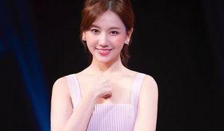 Hari Won tiết lộ đã nhận tham gia 13 gameshow dù chưa hết năm