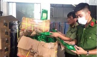 Bắt quả tang 10 tấn nguyên liệu trà sữa không rõ nguồn gốc ở Hà Nội