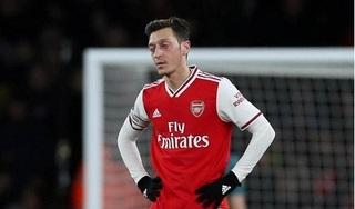 'Arsenal cần làm bất cứ điều gì có thể để tống Mesut Ozil đi'