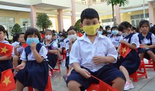 Trường đầu tiên ở TP HCM khai giảng năm học mới