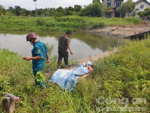 Bé trai 13 tuổi rơi xuống cống đuối nước khi bỏ nhà đi bụi