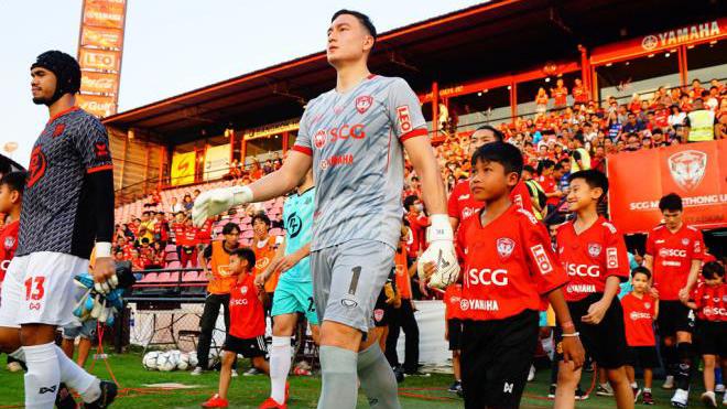 Thai League đắt giá gấp gần 500 lần V.League